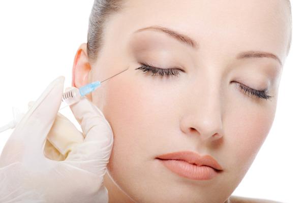 การกระชับสัดส่วน การฉีด Botox