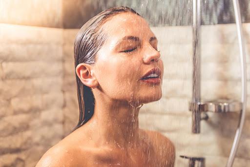 อาการปวดหัว ช่วยได้ด้วยการอาบน้ำ