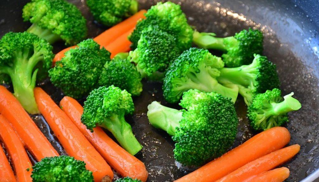 ผักสุกหรือผักสด