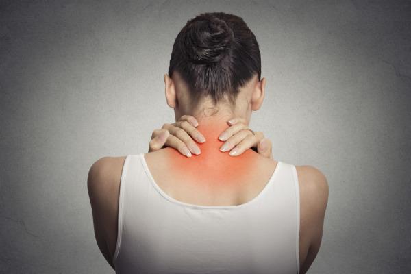 โรคกระดูกสันหลัง-อุบัติเหตุบริเวณต้นคอ