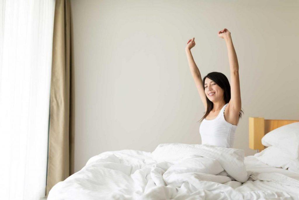 การนอนพักผ่อนที่เพียงพอ  รู้สึกสมองปลอดโปร่งหลังตื่นนอน